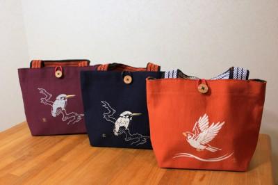 ■erakuでも販売予定の前掛け布を素材にしたミニバッグ