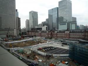 7月に撮った丸の内駅前広場