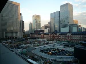 数日前に撮った東京駅丸の内駅前広場