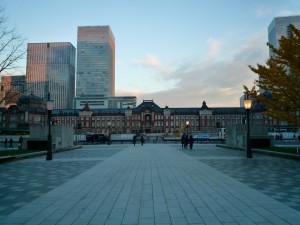 数日前、行幸通りから撮った東京駅